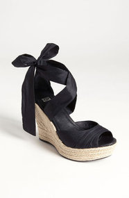 UGG Australia &#x27;Lucianna&#x27; Wedge