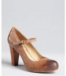 Frye tan leather 'Miranda' stacked heel mary janes