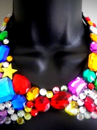 Multicolored Peter Pan Necklace - ColetteClayton.com